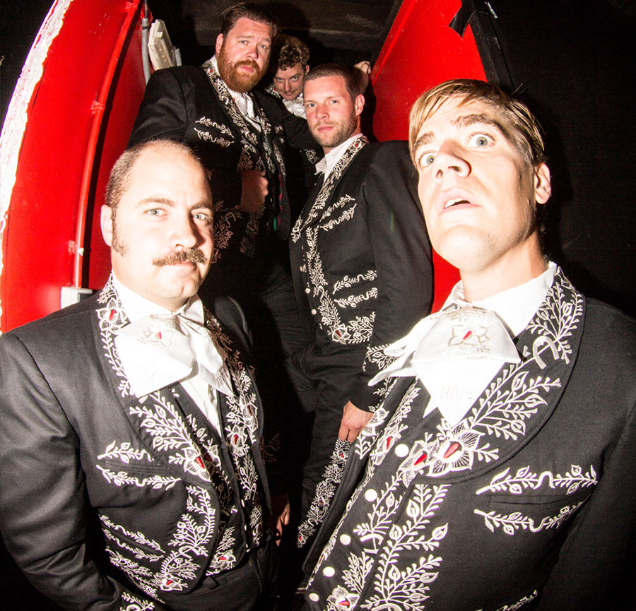 portrait groupe rock the hives